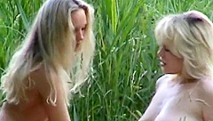 Lesbian Amateur Couple Outdoor Rimming And Fingering