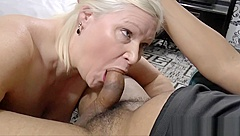 Black stud gives this granny what she wants