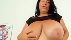 Chubby And Busty Woman Getting Naked